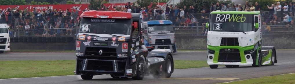 """Grzegorz """"Gregory"""" Ostaszewski jest jedynym Polakiem w historii, rywalizującym w wyścigach ciężarówek"""